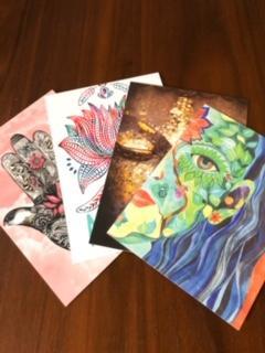 Lot de 4 cartes postales au choix