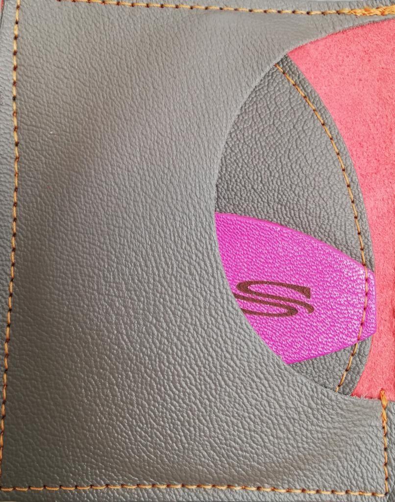 Gant d'exfoliation et d'épilation  Gris Fer/ Rose Hollywood