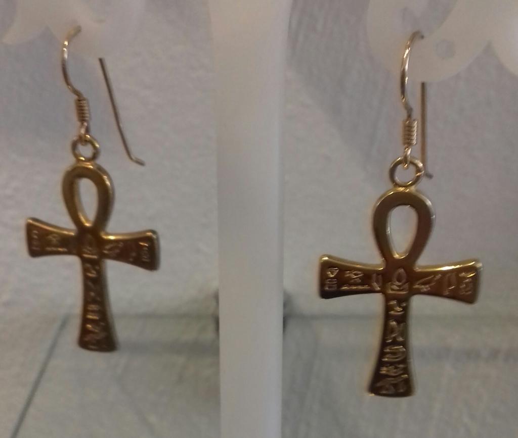 Boucle d'oreilles croix de vie récente plaqué or