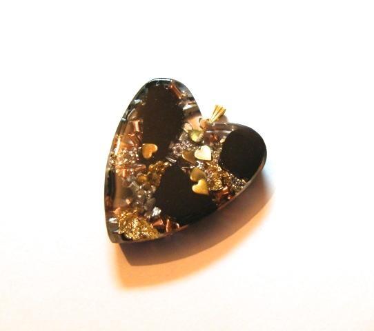 Coeur pendentif shungite grand modèle doré