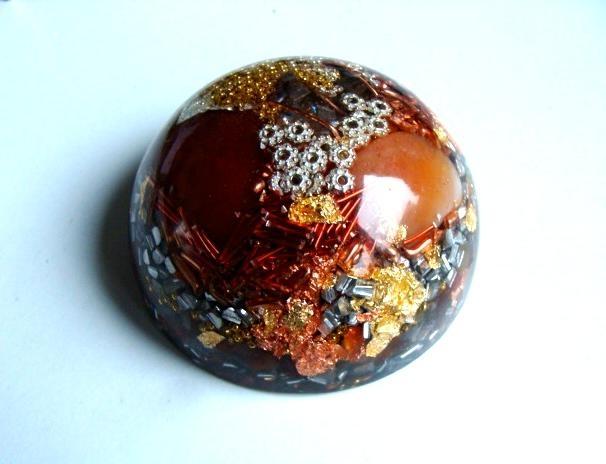 Demi sphère grand modèle cornaline