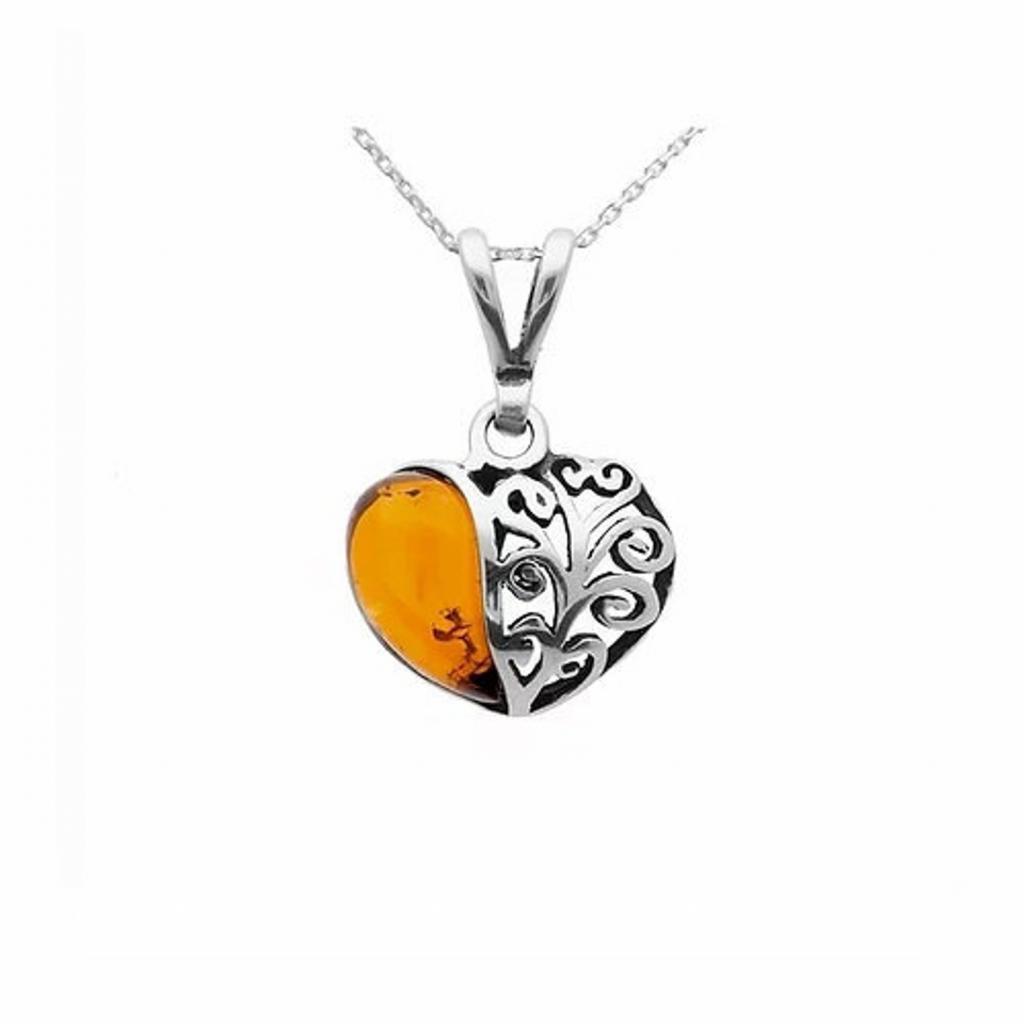 Pendentif cœur en ambre sur argent925.