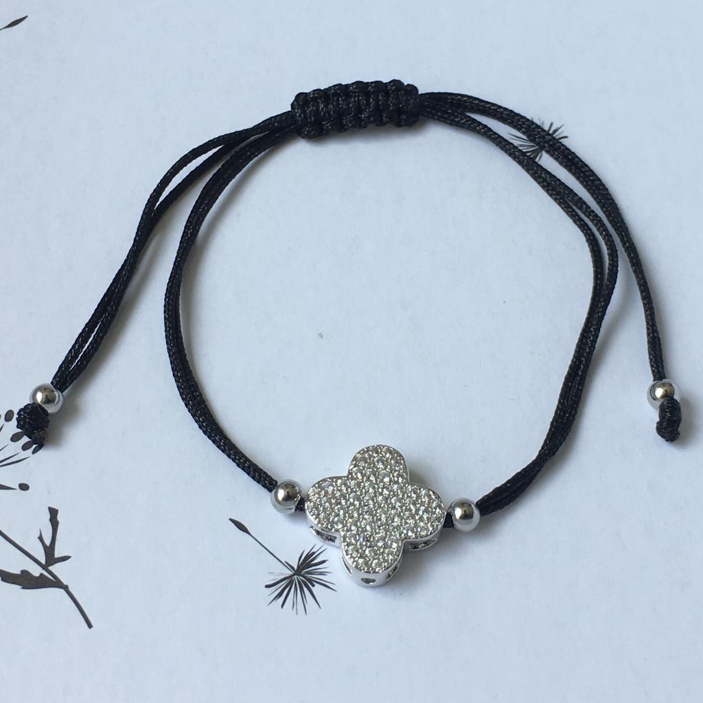 Bracelet fil noir