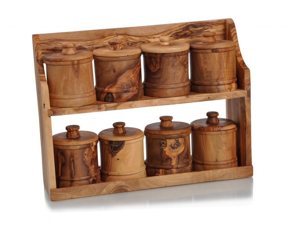 8 pots