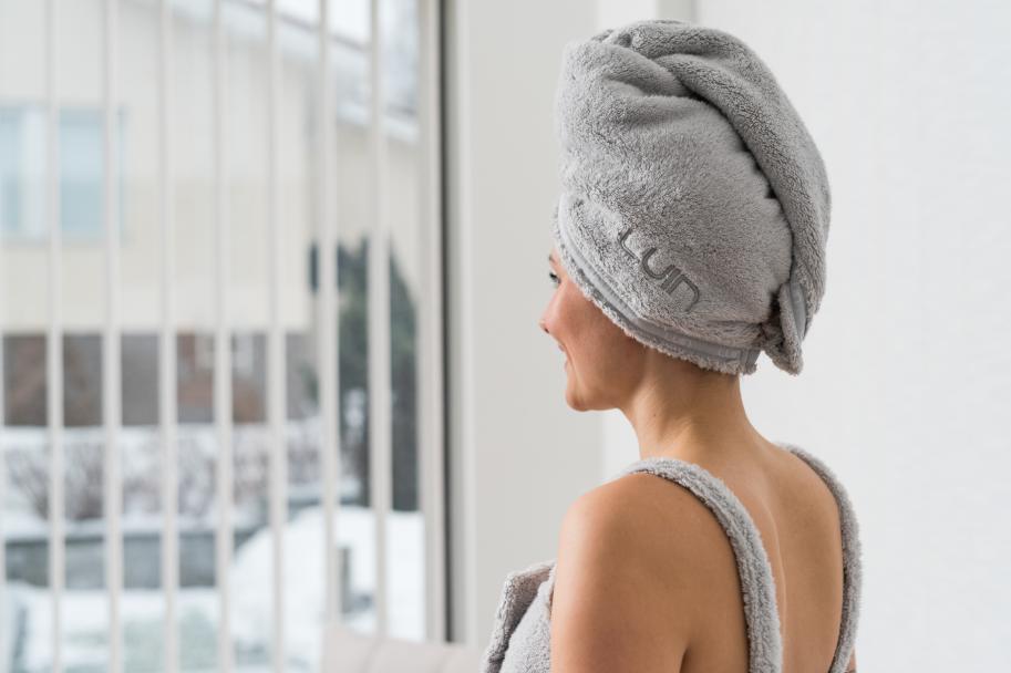 LUIN LIVING - Serviette pour cheveux PEARL GREY