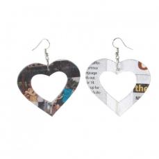 Crazy Love...Boucles d'oreilles Universal Love  en papier journal recyclé