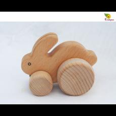 Lapin en bois roulant