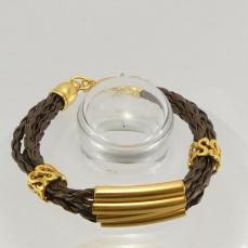 Bracelet trois lacets en cuir marron avec decor dorée