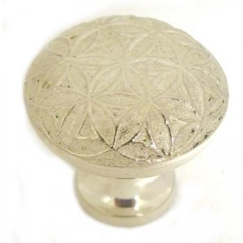Bouton de meuble géométrie Fleur de Vie en métal atgenté EPNS vernissé D. 3 cm