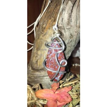 Cabochon Agate mousse rouge d'Indonésie Druid Wrap