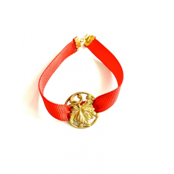 Bracelet artisanal rouge en bouton ancien