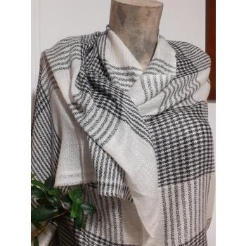 Étole écharpe, blanc avec carreaux gris, tissage texturé, en pure cachemire du Népal