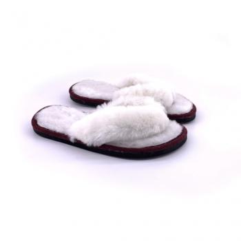 Tongs blanches en peau de mouton