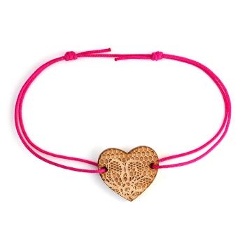 Bracelet Coeur - motif dentelle - en bois et nylon- LES FOLLES MARQUISES