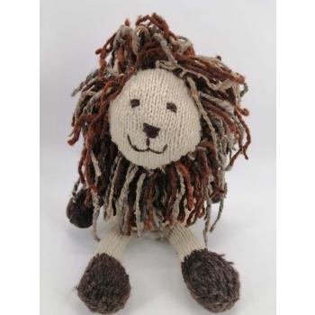 Bob le Lion - peluche en laine filée à la main équitable