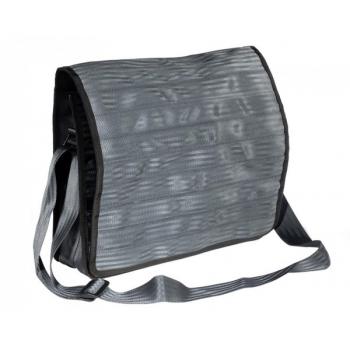 Grand sac Michel gris foncé en ceintures de sécurité recyclées