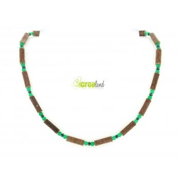 Collier en noisetier jade teinté vert et hématite Modèle 3