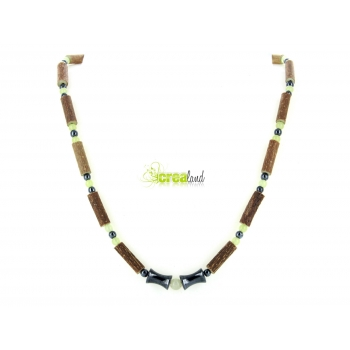 Collier en noisetier jade naturel et hématite Modèle 1