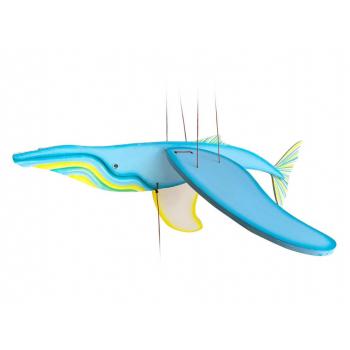 Mobile artisanal baleine bleu claire issu du commerce équitable