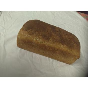 Pain au blé complet integral t150 sur pur levain naturel de blé.