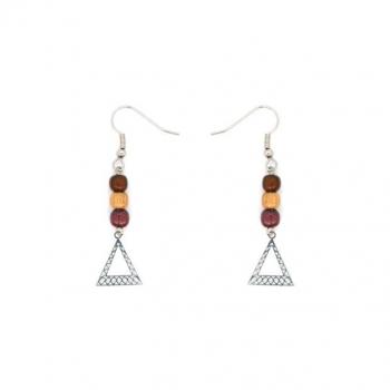 Boucles- d'oreilles de trois perles en bois et triangle argenté