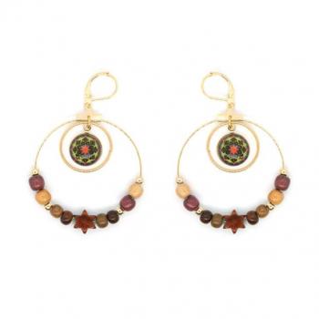 Boucles-d'oreilles en bois multicolore ornée d'une double créole avec cabochon