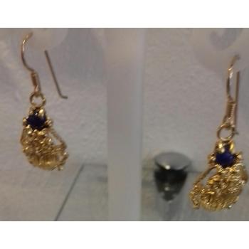 Boucles d'oreilles scarabée et pierre Lapis Lazuli plaqué or