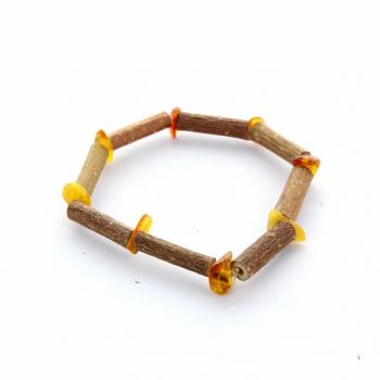 Bracelet en bois de noisetier et ambre