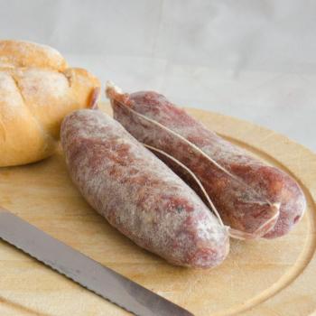 petit saucisson a l'ail bio. expédiè directement d'Italie - 200gr.