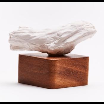 Sculpture en bois et céramique / HIBA