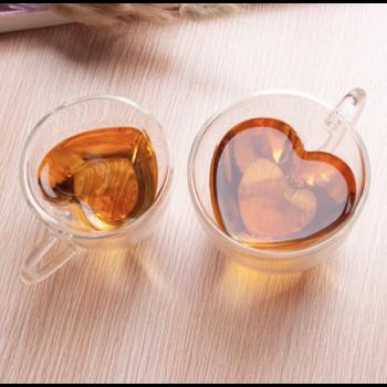Tasse à thé en forme de cœur