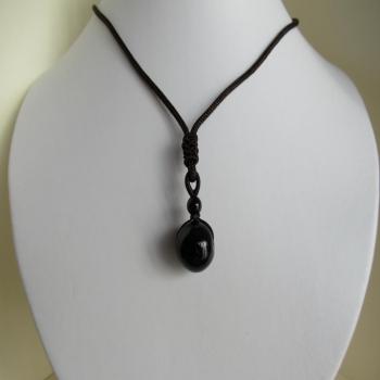 Collier homme en obsidienne noire
