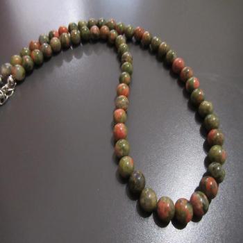 Collier en pierres d'Unakite 6mm