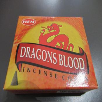 """Cônes encens """"dragon blood"""""""