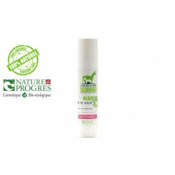 Crème de jour velours lait d'oranger. 30% de lait d'ânesse frais peau sensible. 50Ml