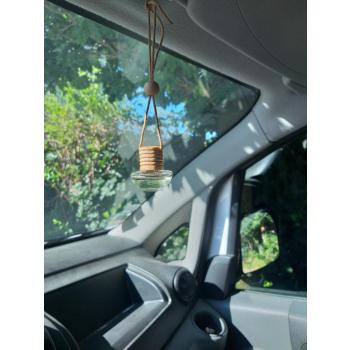 diffuseur huiles essentielles pour voitures et maison ( petites pièces )