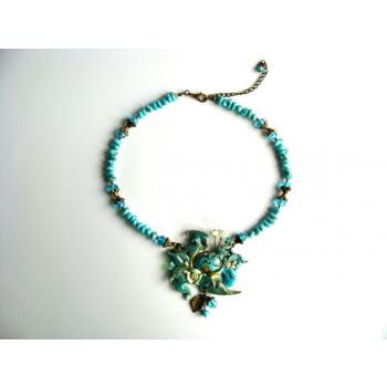Collier orgonite modelage et turquoises