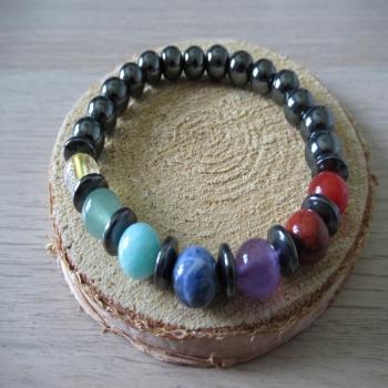 Bracelet en Hématite 7 chakras n1