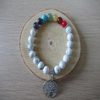 Bracelet 7 chakras et pierres de Howlite blanche