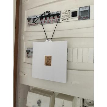 Correcteur de réseau électrique mom® 3