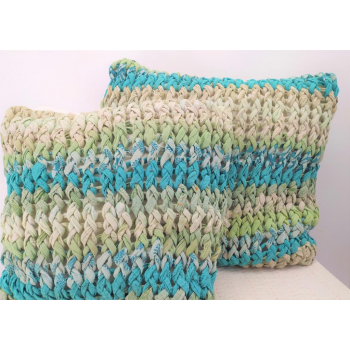 coussin 46x46 turquoise grosse maille upcycling de saris équitable