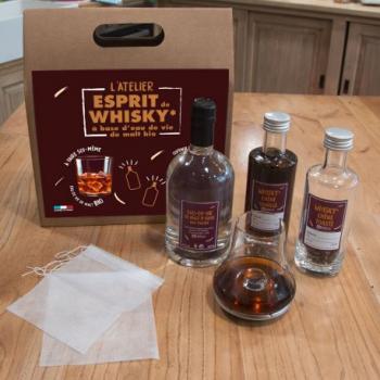 l-atelier-esprit-de-whisky-bio-a-base-deau-de-vie-de-malt
