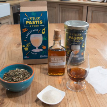 l-atelier-pastis-aux-herbes-bio