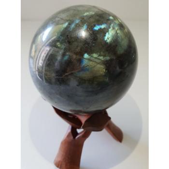 LABRADORITE (Boule 75 à 80mm) de Madagascar