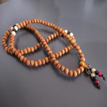 Collier ou bracelet mala 108 perles n13