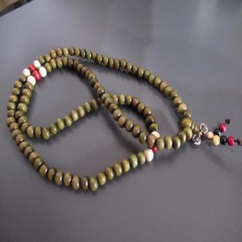 Collier ou bracelet mala 108 perles N14