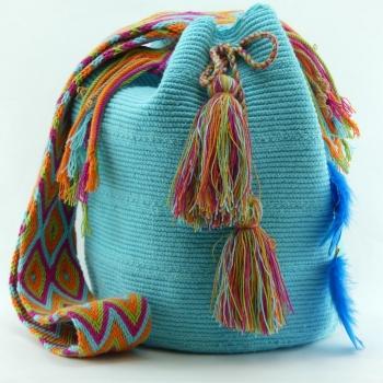 Mochila Wayuu Turquoise et Plumes