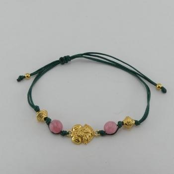 Bracelet fil vert et pendentif Etain et bain d'or de 24 carats.