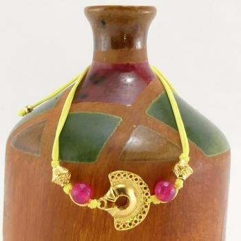Bracelet fil jaune Tairona