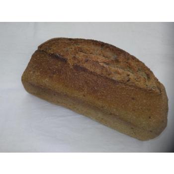 Pain au blé complet multicereales t110 sur pur levain naturel de blé.